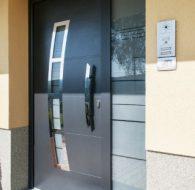phoca_thumb_l_vstupne hlinikove dvere vaduz